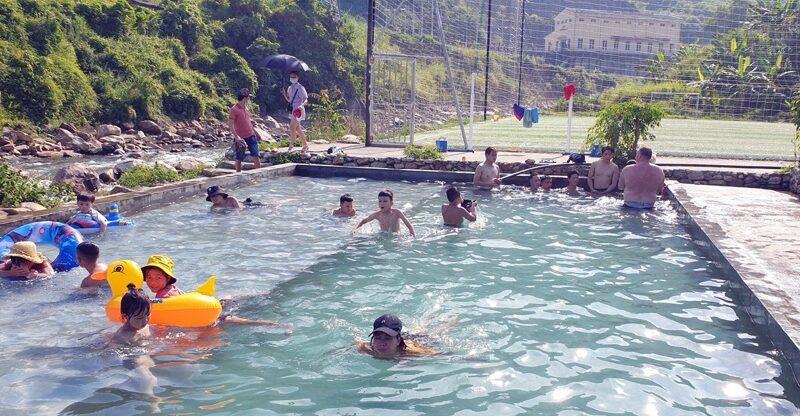 Lào Cai: Từ 5 giờ ngày 20/9 cho phép phòng tập gym, yoga, thể dục, thể thao, bể bơi được hoạt động trở lại